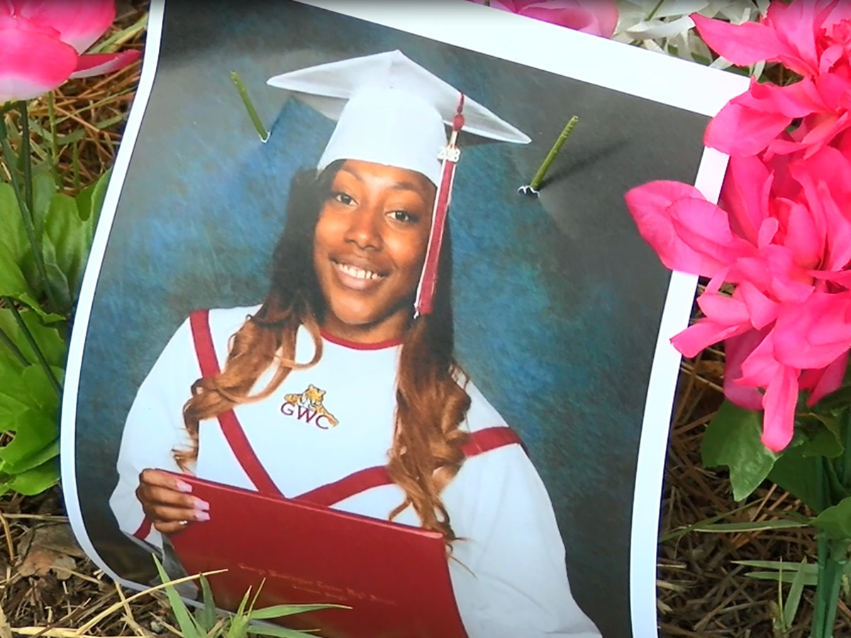 Family and friends gather to remember 18-year-old Columbus murder victim