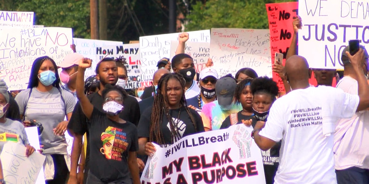 Columbus community gathers for several peaceful rallies Saturday