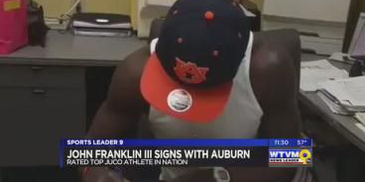 Top-rated junior college QB signs at Auburn University