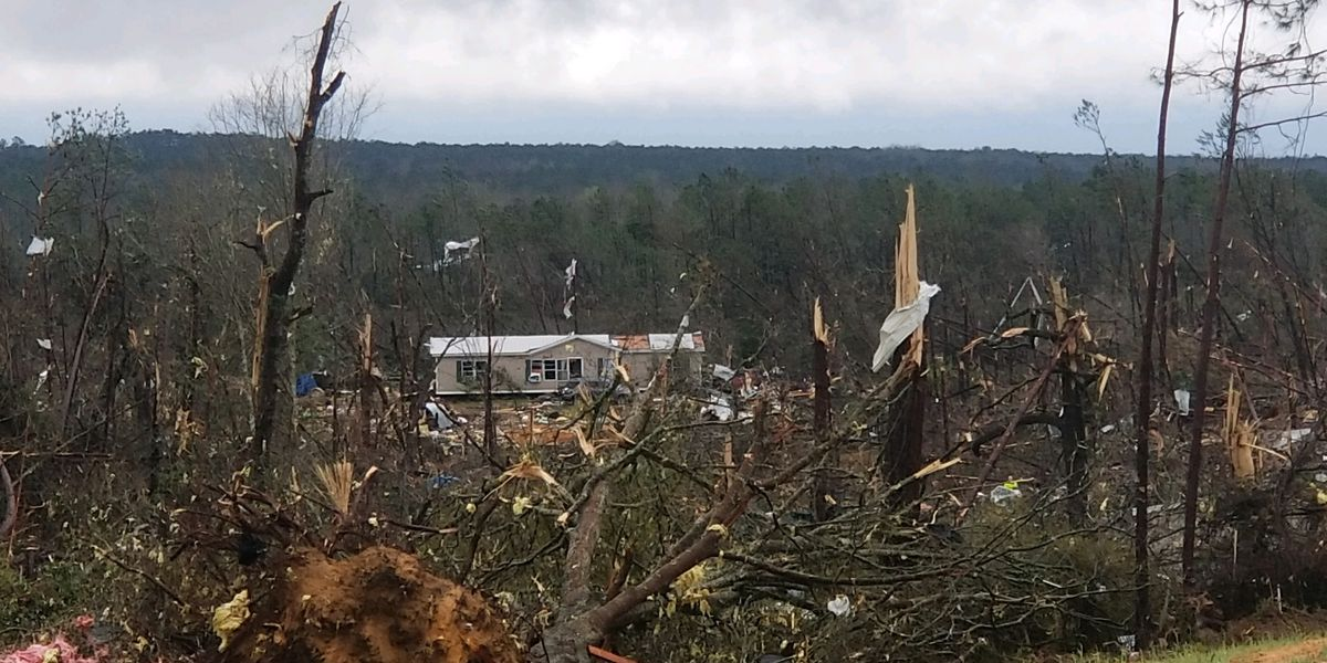 Tornado victims say they felt their house lift up moments after taking cover