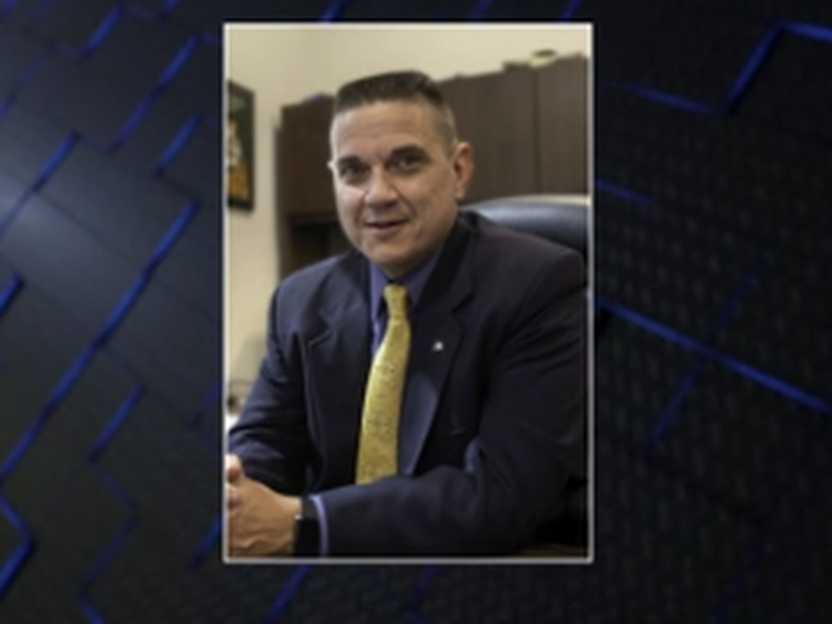 Opelika mayor names interim chief of police