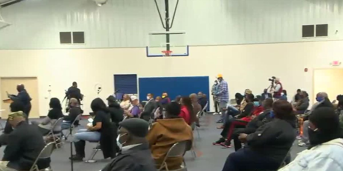 Columbus residents, city officials hold public safety meeting to address violence concerns