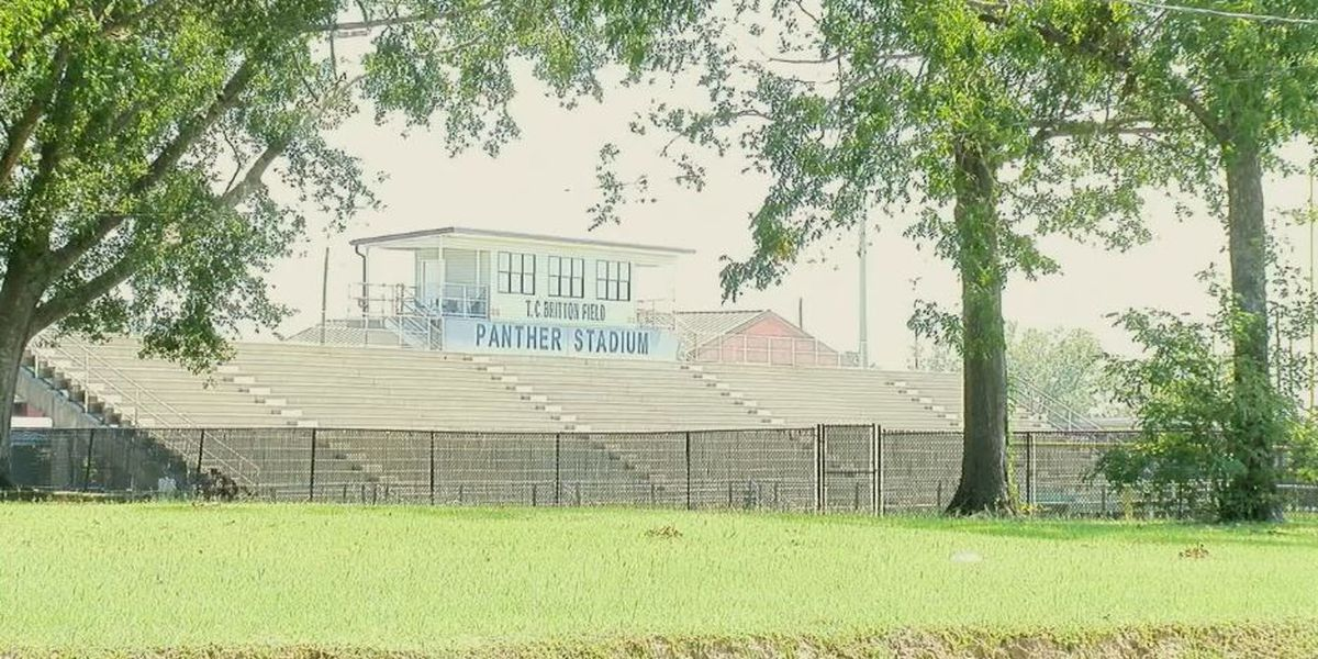 Threats of lawsuit leads to Lee County Schools banning pre-game prayer tradition