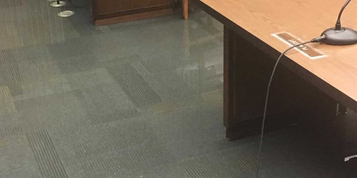 Water main break forces Columbus Government Center to close, several courts postponed