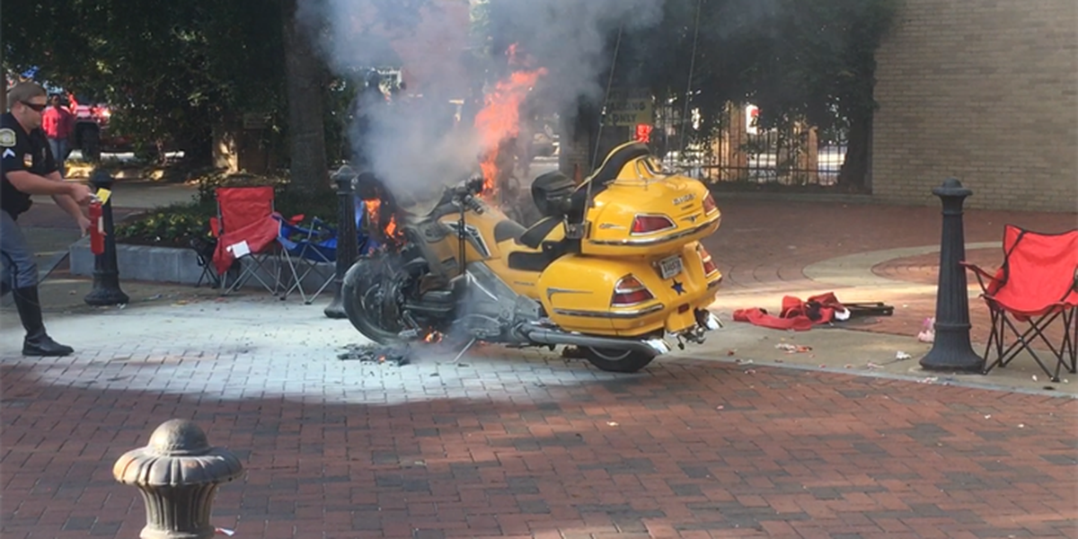 Motorcycle fire briefly halts Fountain City Classic Parade