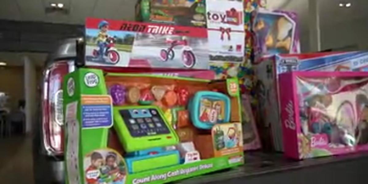 Valley Rescue Mission in Columbus picks up toy donations from the community