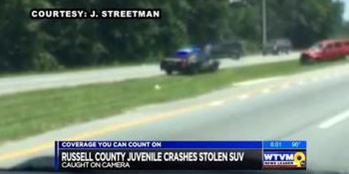Teen in custody after allegedly stealing SUV and crashing