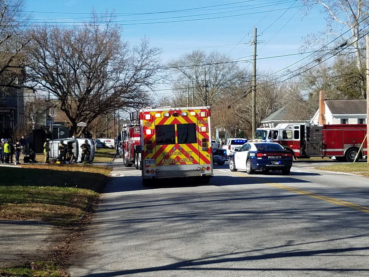 Columbus Emergency Services respond to crash on 2nd Ave. and 8th Street