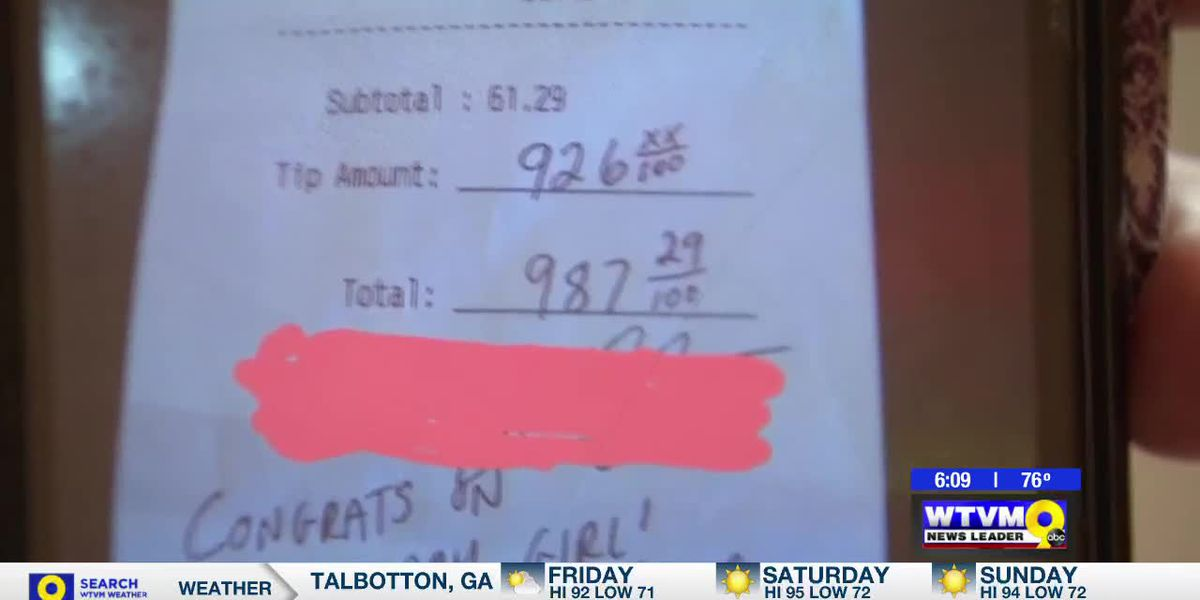 Power of Goodwill: Pregnant waitress receives incredible tip