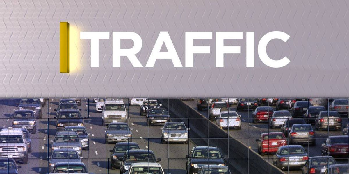 Single car accident delays traffic along Hwy. 80 eastbound