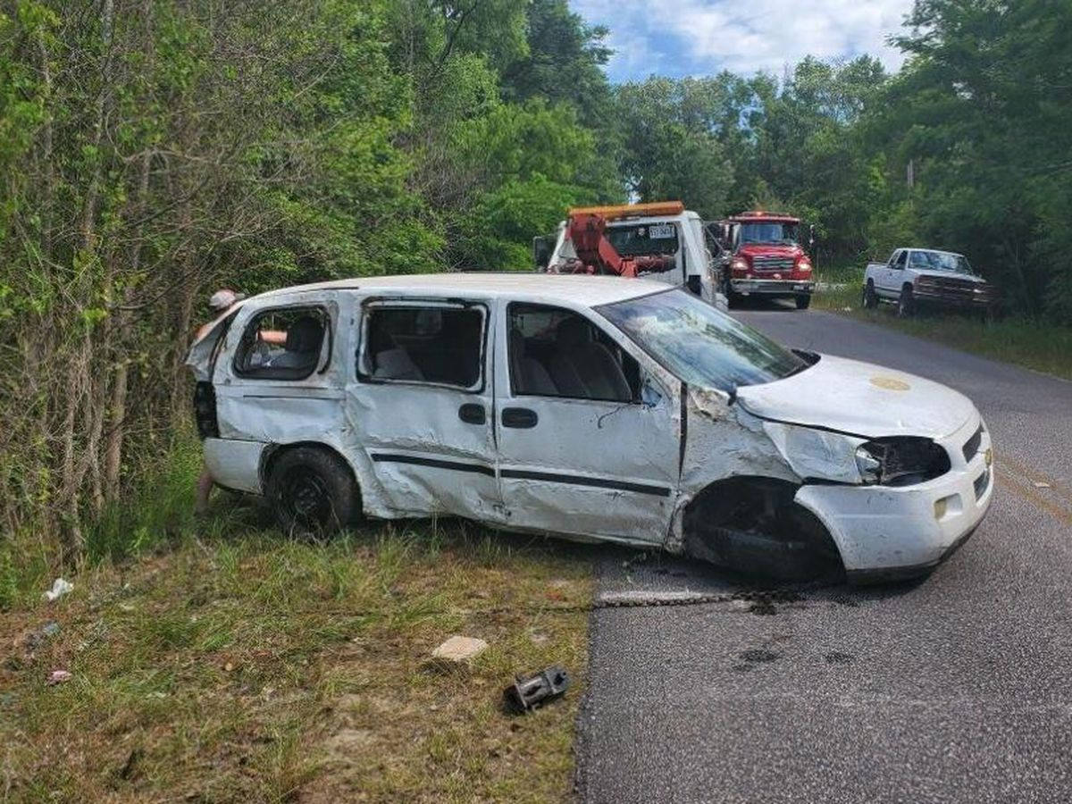 Car crash near Jowers Rd. in Russell Co. leaves one person injured