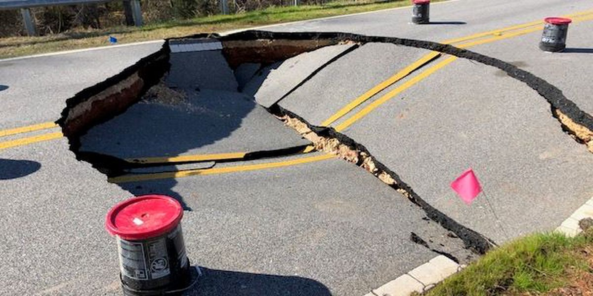 Opelika asks residents to avoid roadway after collapse