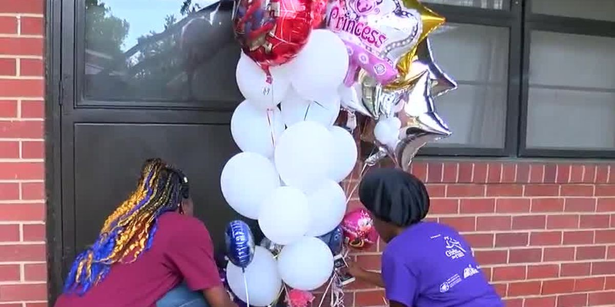 Community reacts to slaying of mother, three children at Elizabeth Canty apartments