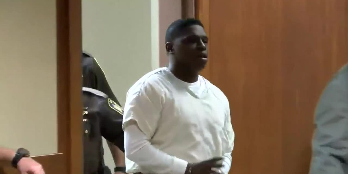 Man charged in Aniah Blanchard's murder to appear in court for assaulting officer
