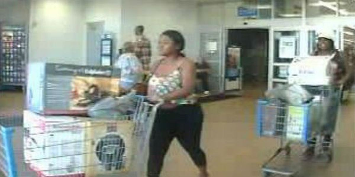 Phenix City police searching for counterfeit money suspects
