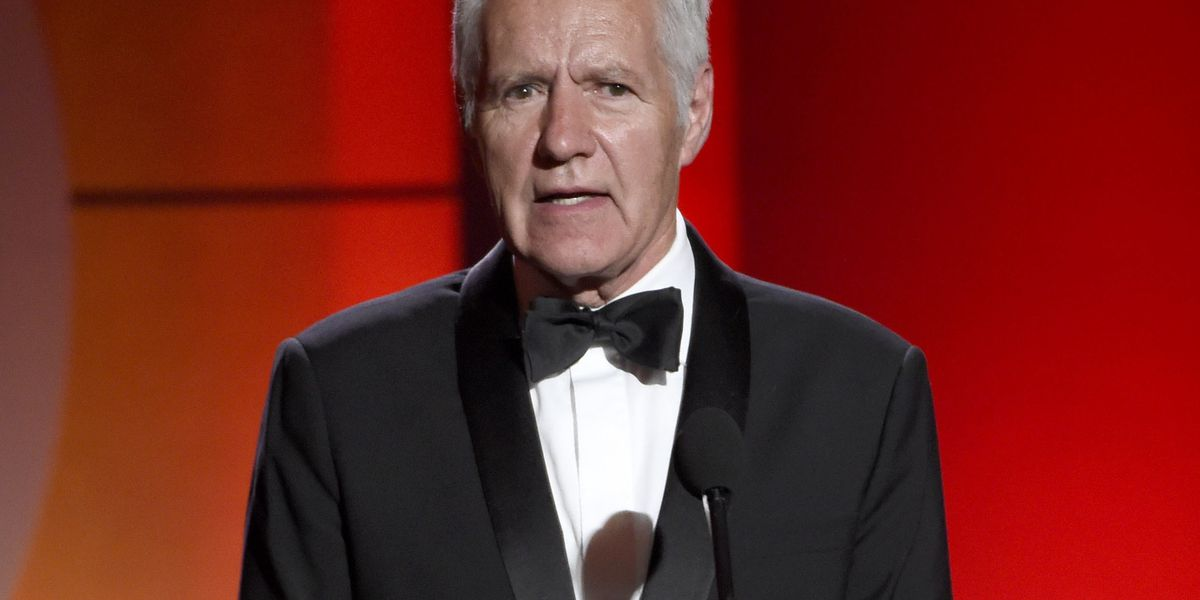 'Jeopardy!' host Alex Trebek says outpouring of support 'making a difference'