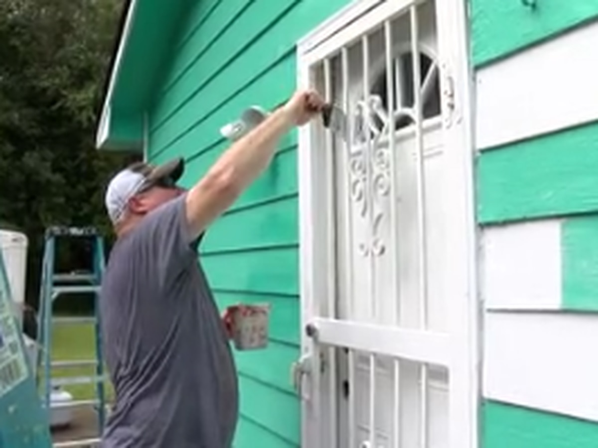 House of Heroes assists retired Columbus public safety officer with home maintenance