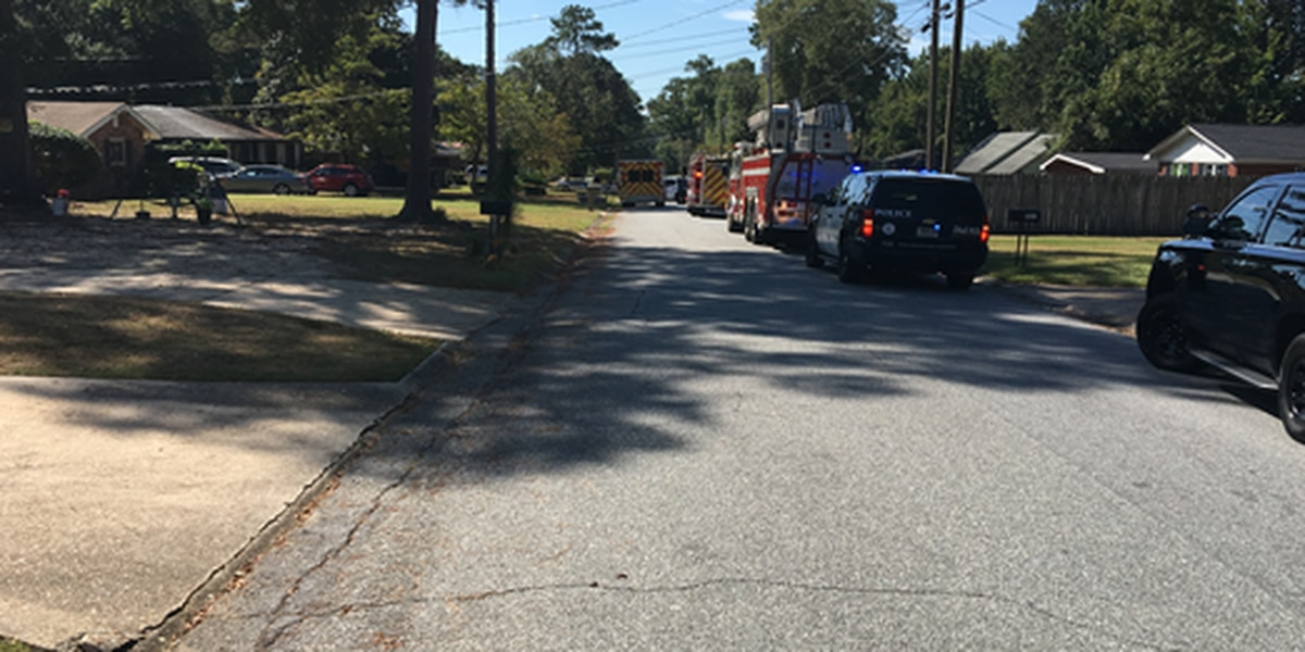 UPDATE: Suspect in custody following deadly stabbing on Victoria Dr.