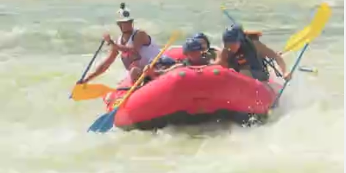 Grand Whitewater Paddle brings thousands to Chattahoochee River