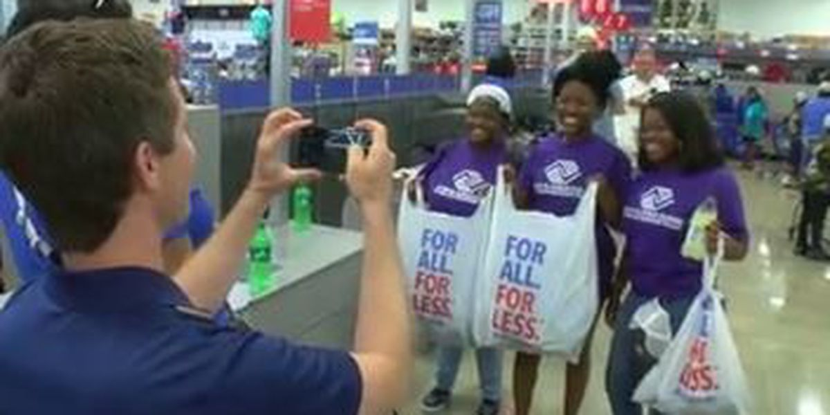 Academy Sports and Outdoors treats kids to free shopping spree ahead of grand opening