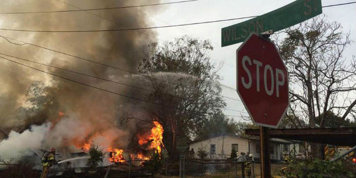 Eufaula Fire Dept. battling structure fire on Rivers Ave.