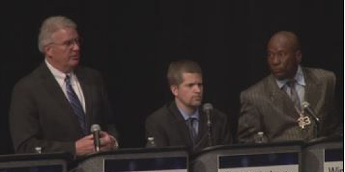 Columbus mayoral candidates address jobs and safety in the community