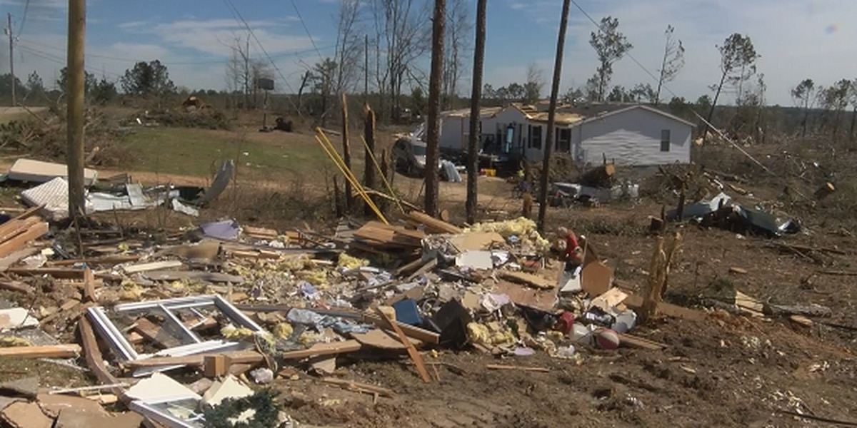 Counselors discuss threat of survivor's guilt after Lee Co. tornadoes