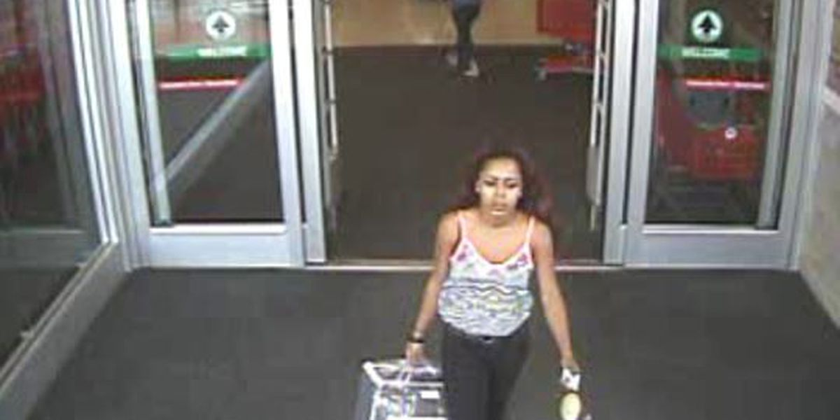 Opelika police searching for stolen credit card suspect