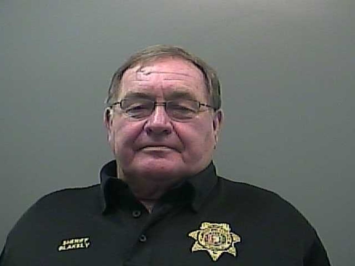 Limestone County sheriff indicted on theft, ethics charges