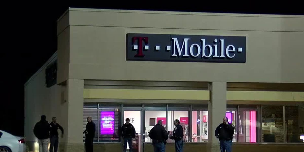 Four suspects make court appearances after T-Mobile robbery