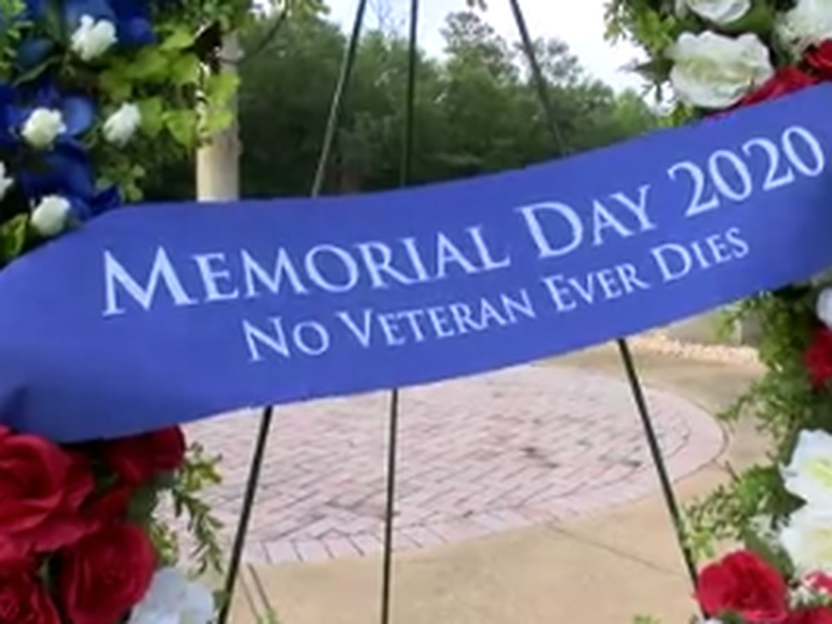 Ft. Mitchell National Cemetery observes Memorial Day with wreath laying ceremony