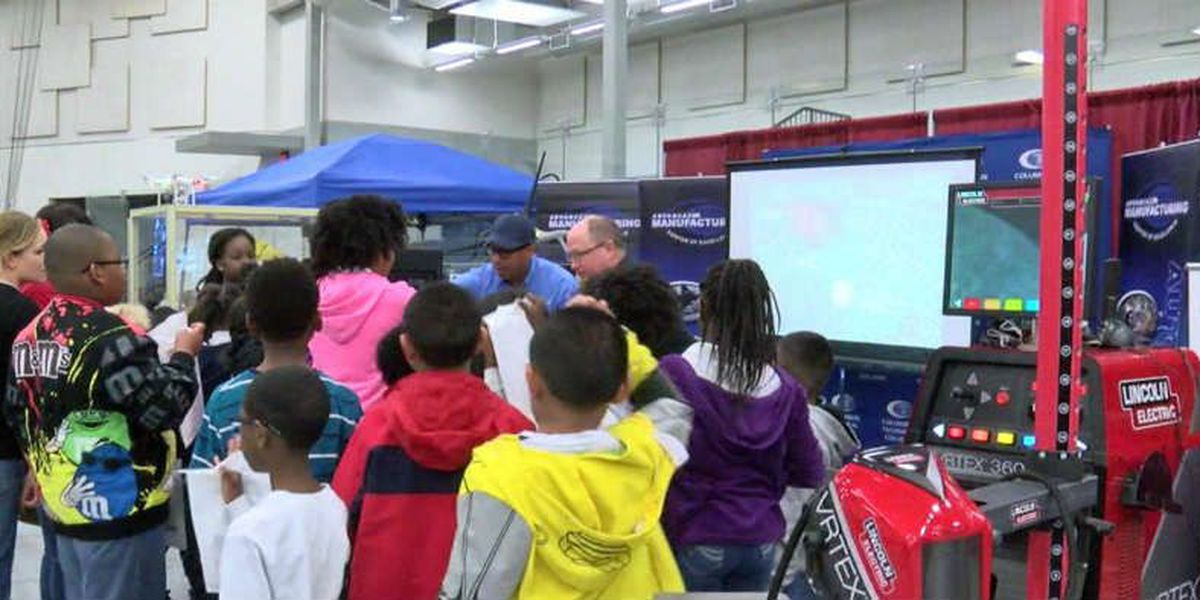 'STEAM' expo shows students career opportunities