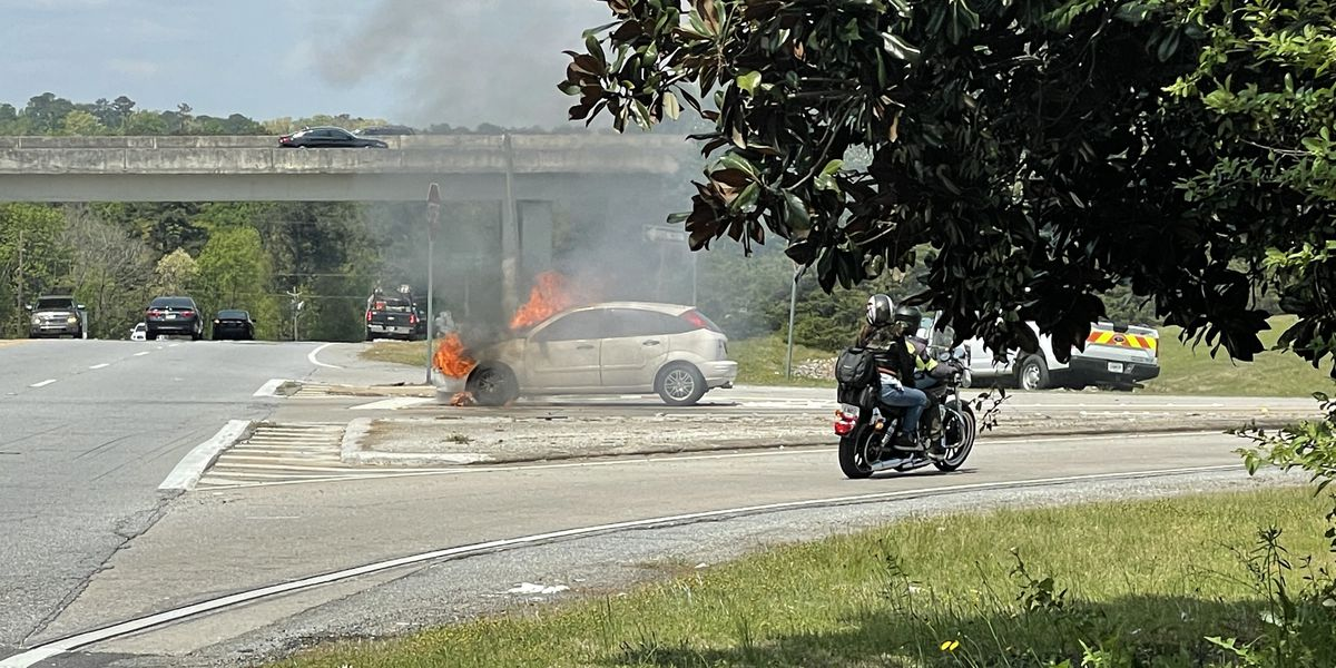 Car fire on J.R. Allen Pkwy. and River Rd. in Columbus leaves lane blocked