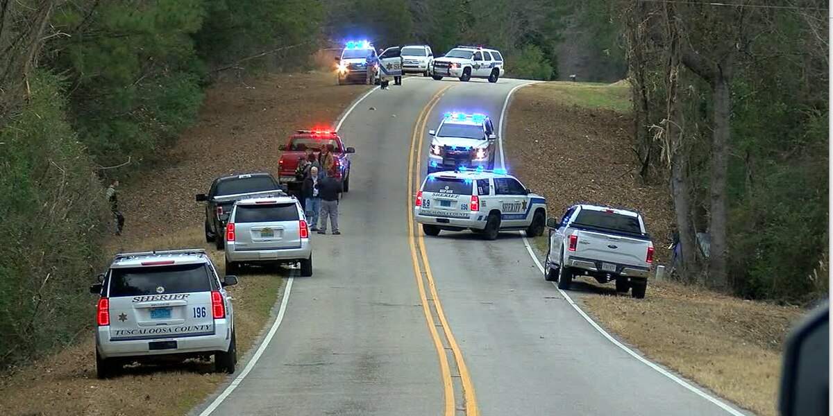 2 Tuscaloosa Co. deputies injured in accident involving one of Tuscaloosa's most wanted