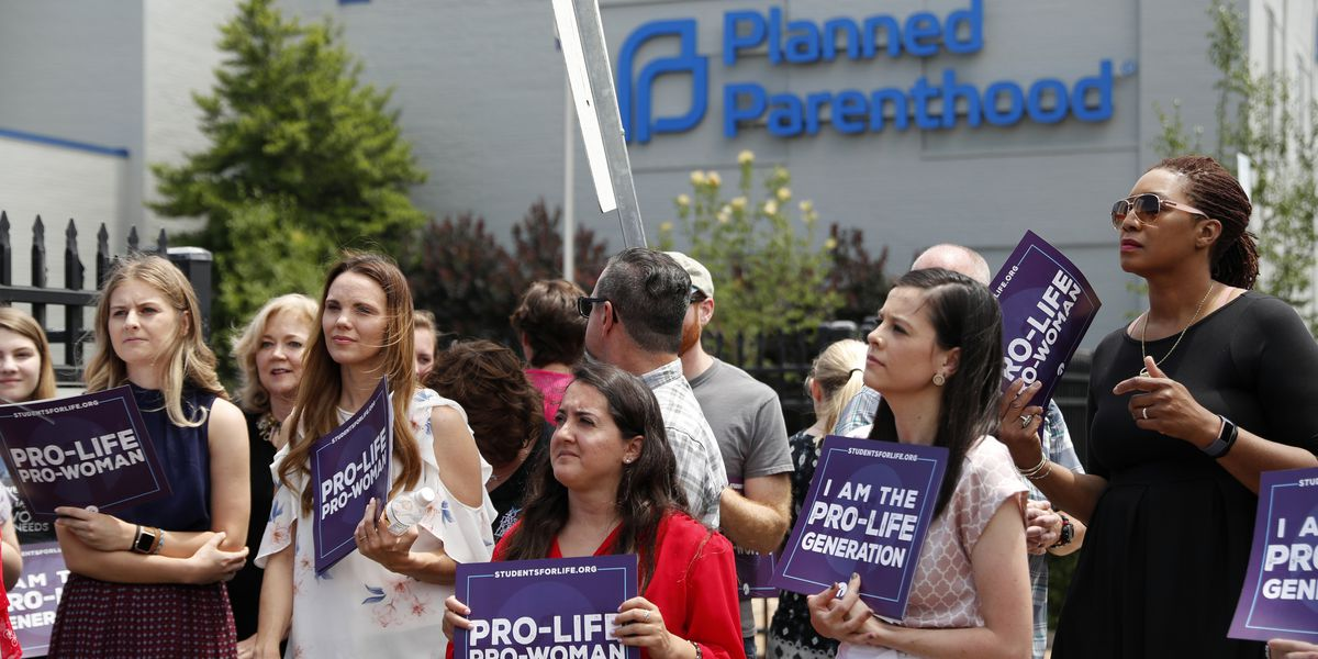 Missouri denies license renewal for lone abortion clinic
