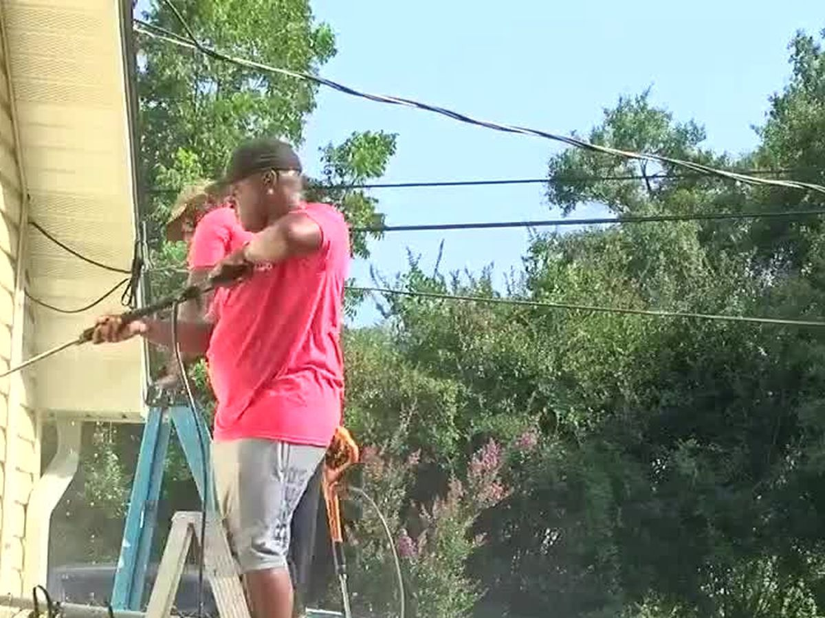 House for Heroes, Navy Federal Credit Union help veteran's wife repair home