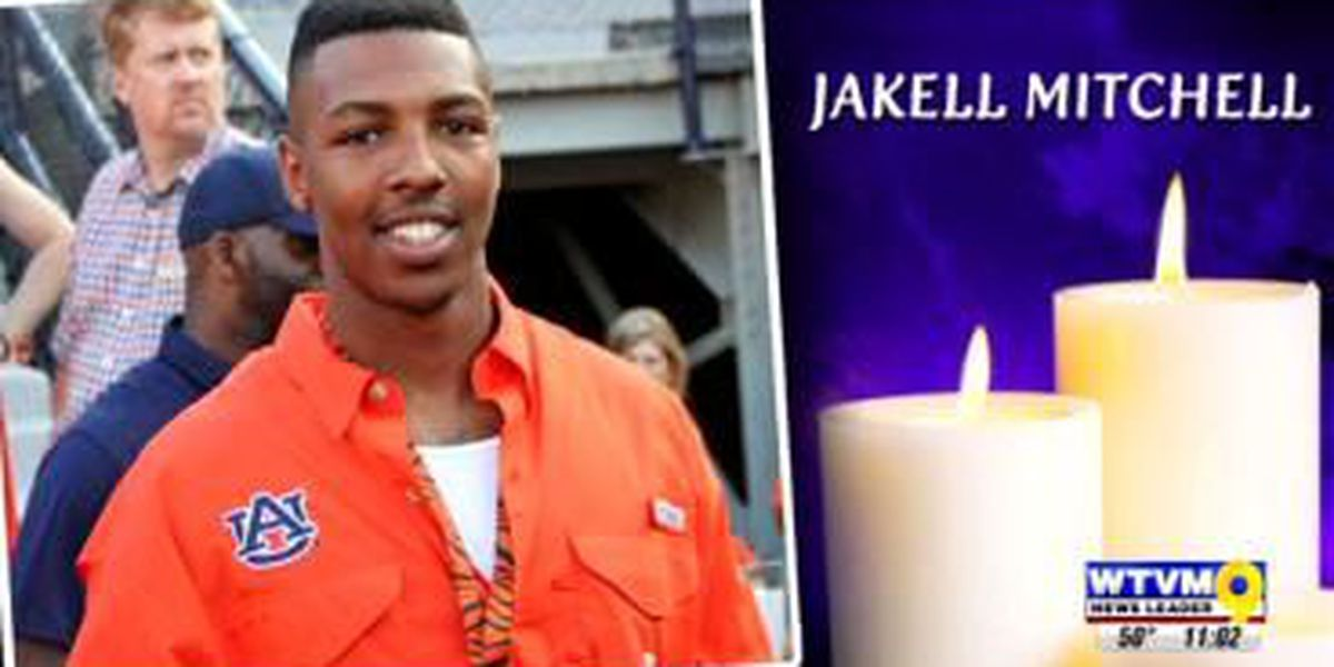 Opelika community says goodbye to Jakell Mitchell at public viewing