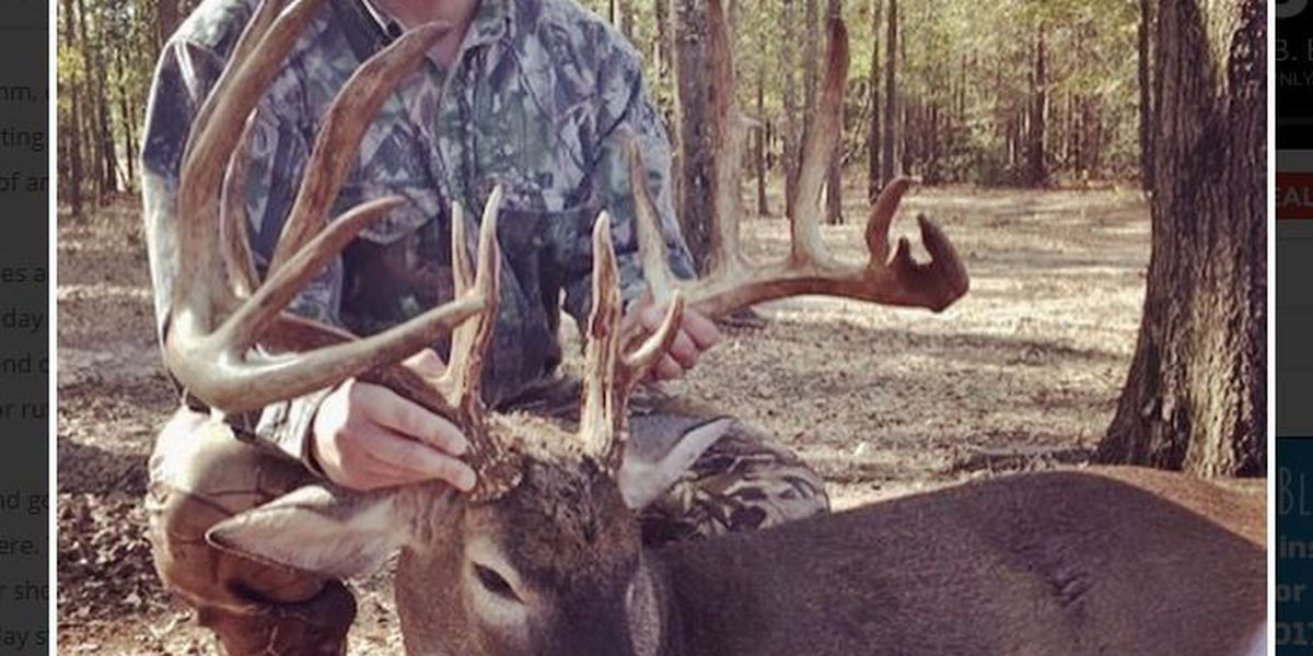 Columbus man nabs 17-point buck in Webster Co.