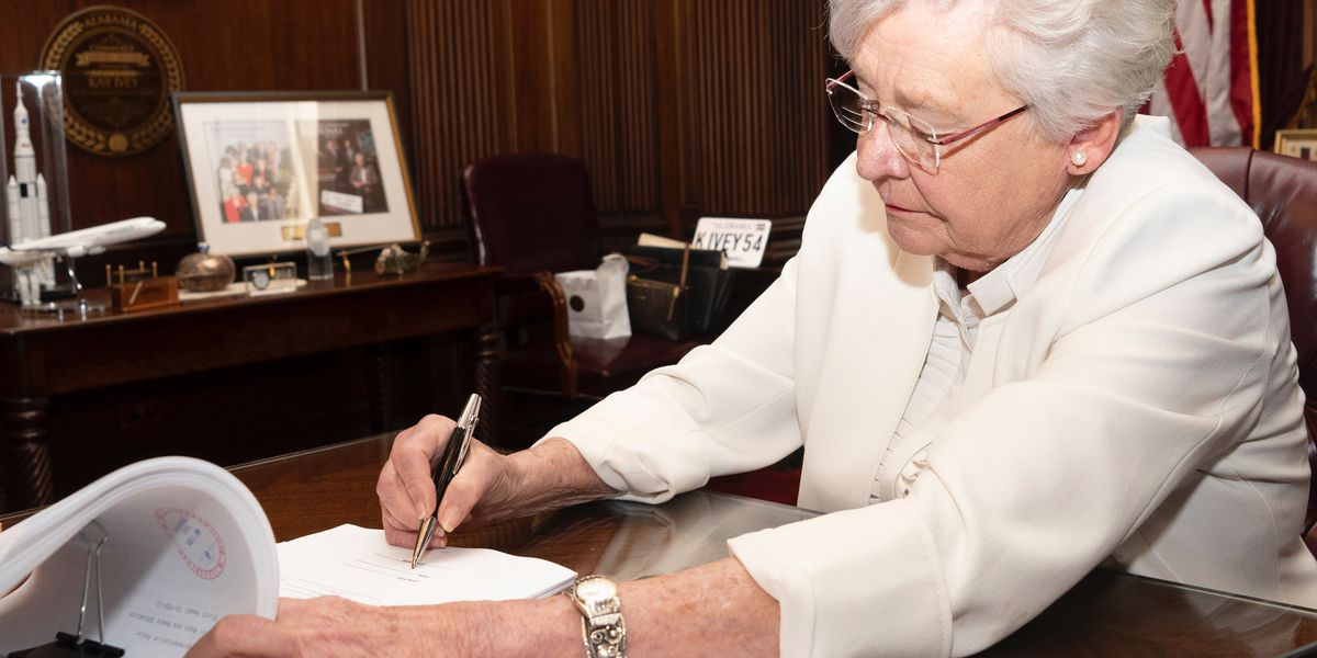 WATCH: Gov. Ivey holding press conference update on COVID-19
