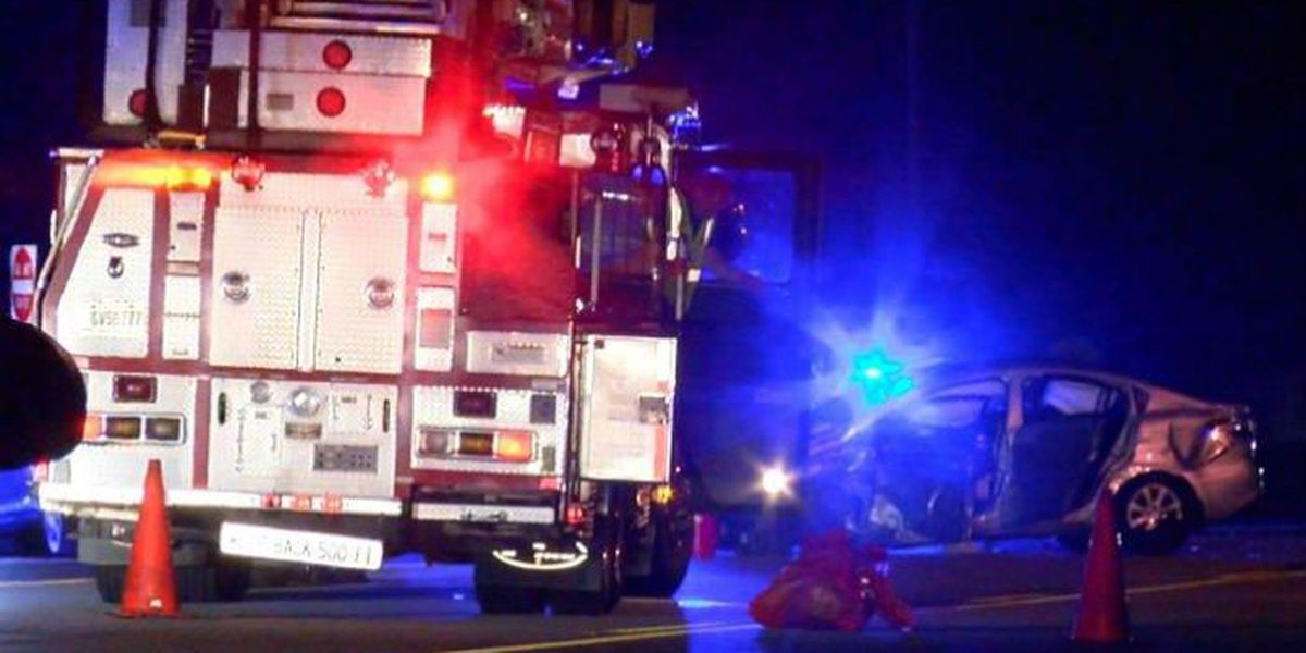 4 injured in Macon Rd. accident