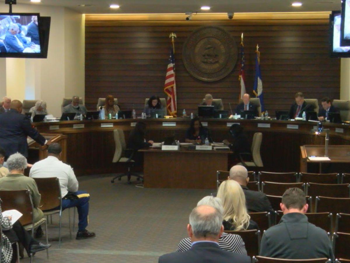Public pool repairs, alcohol sales discussed at Columbus City Council meeting