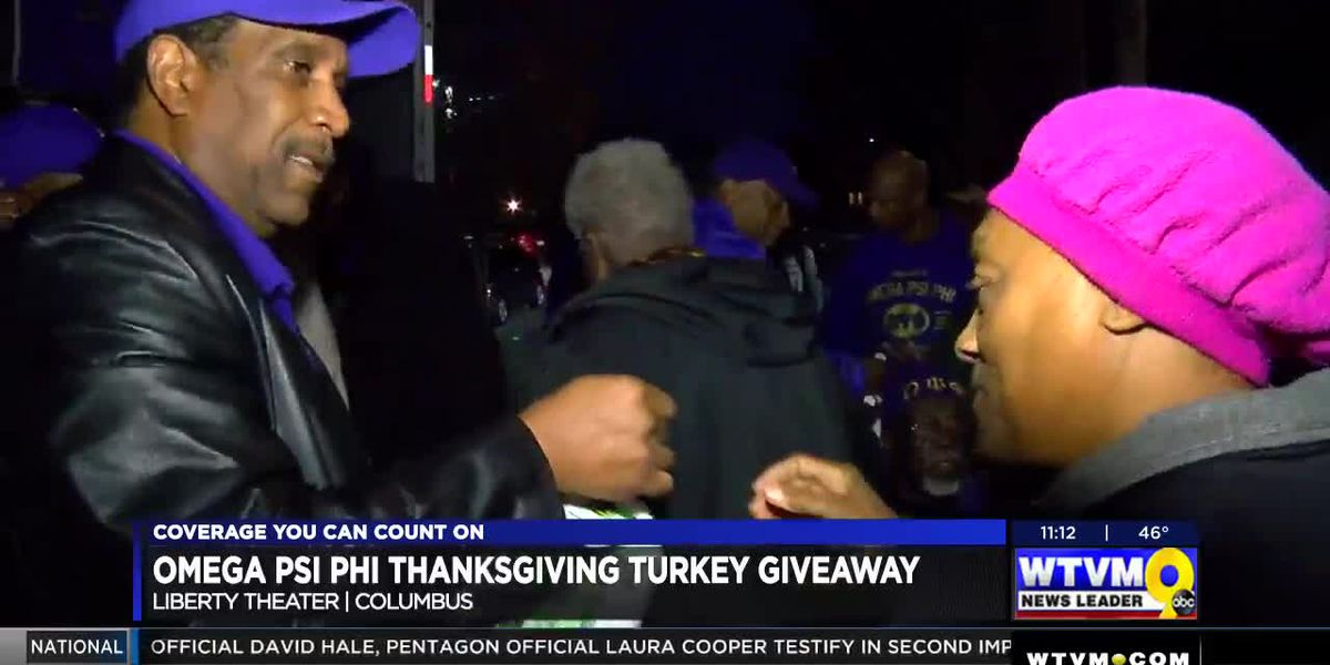 Omega Psi Phi Fraternity hosts Thanksgiving turkey giveaway in Columbus