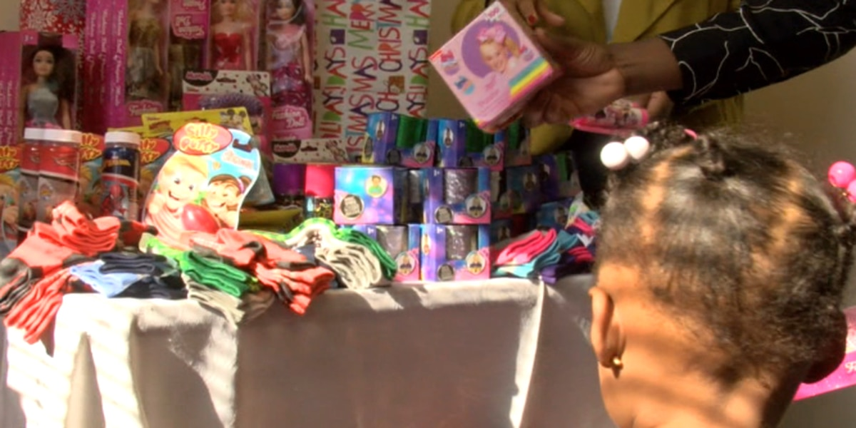 Local church gives away toys, receives smiles before Christmas Eve