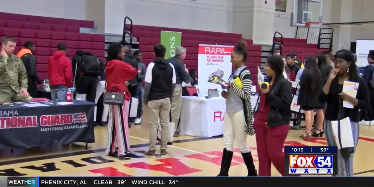 Loachapoka High School hosts career fair for students