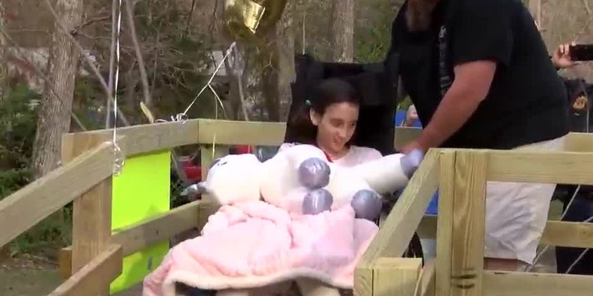 Friends and family welcome 11-year-old tornado victim home from hospital