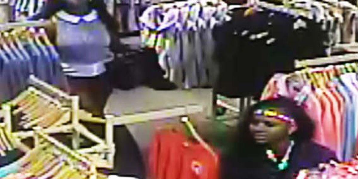 SLIDESHOW: Opelika PD searching for Kinnucan's theft suspects