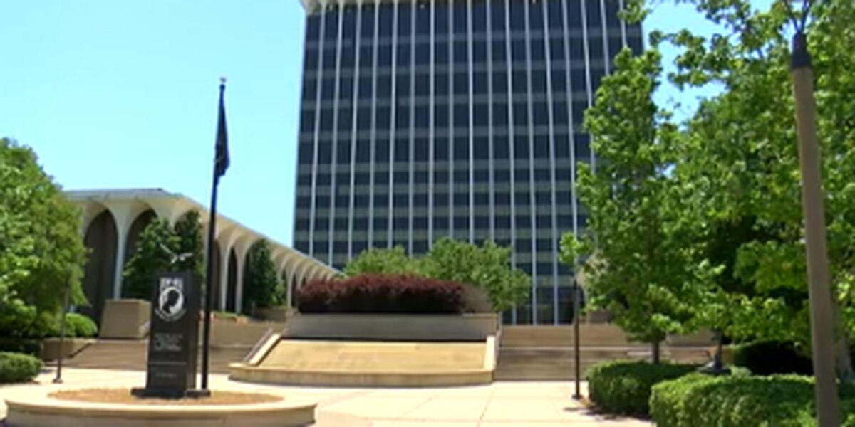 Government buildings to reopen in Columbus May 18