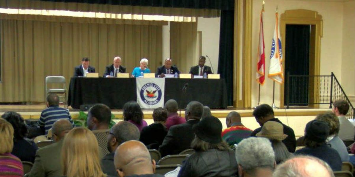Phenix City outlines budget, ongoing projects in 2016 State of the City address