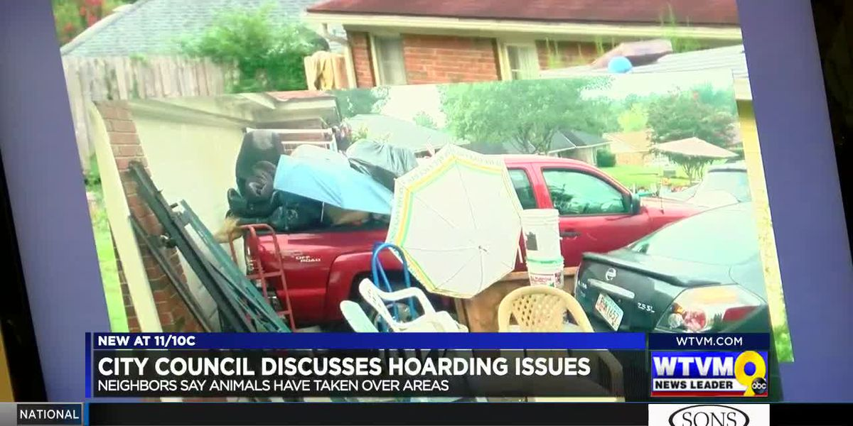 Columbus City Council discusses resident's continued hoarding issues