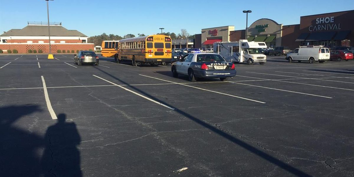No injuries after school bus accident in Columbus